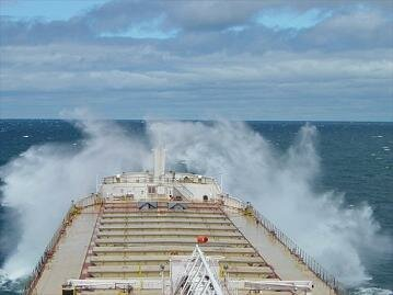 BULK CARRIER AMERICAN MARINER UNDERWAY